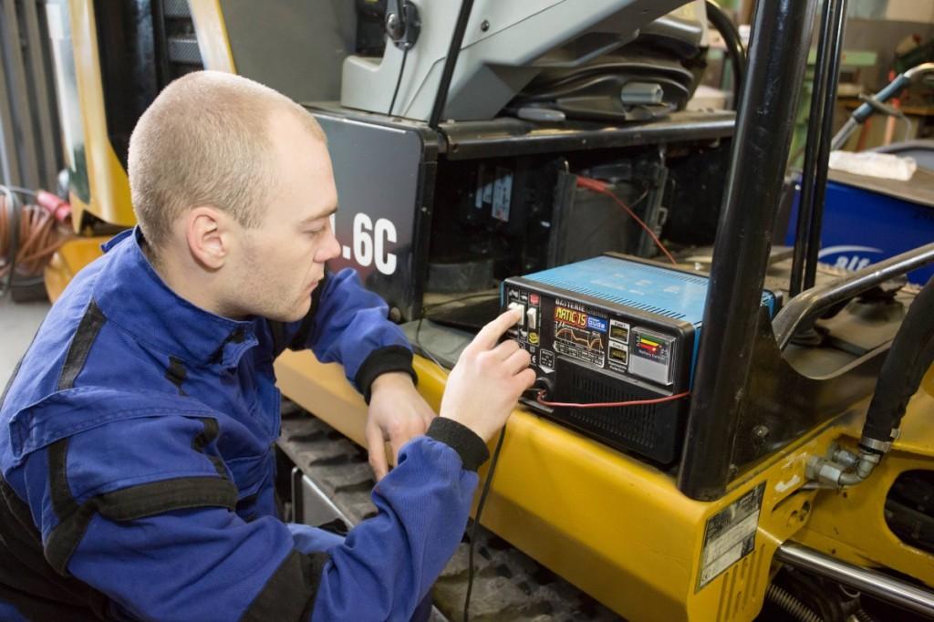 Opravář strojů rekvalifikace