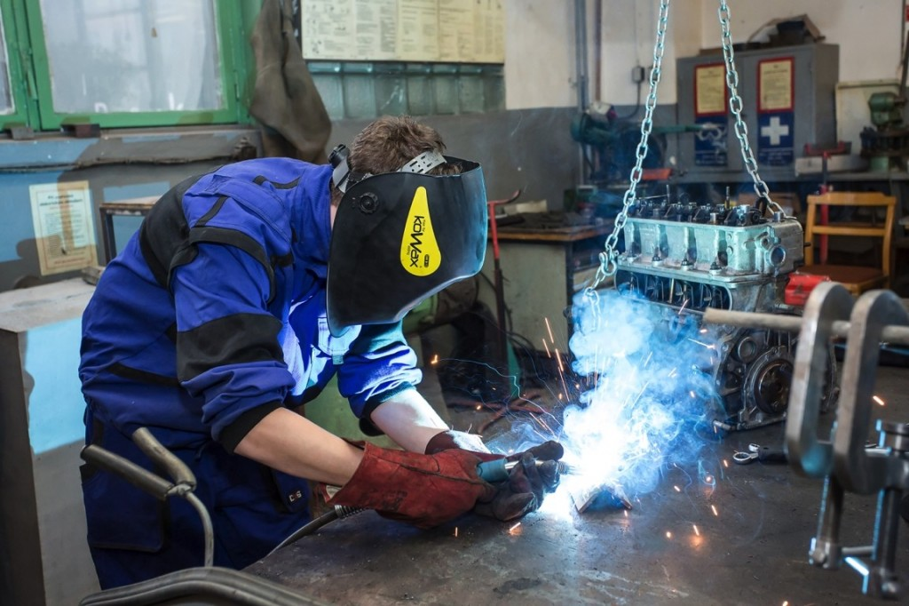 Rekvalifikační kurz montér ocelových konstrukcí foto